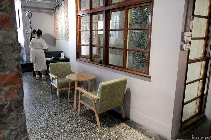 20210926175455 22 - 巷弄內的隱密咖啡館,駿咖啡,二樓散發的老屋氛圍讓人著迷~