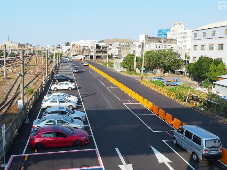 PA040052 01 - 大甲車站跨越橋啟用!新闢汽機車停車場,串聯前後站更便利!
