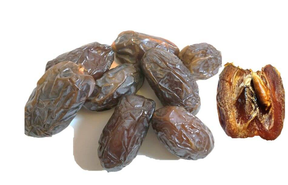 datteln kaufen XL organic medjool dates on display compressed