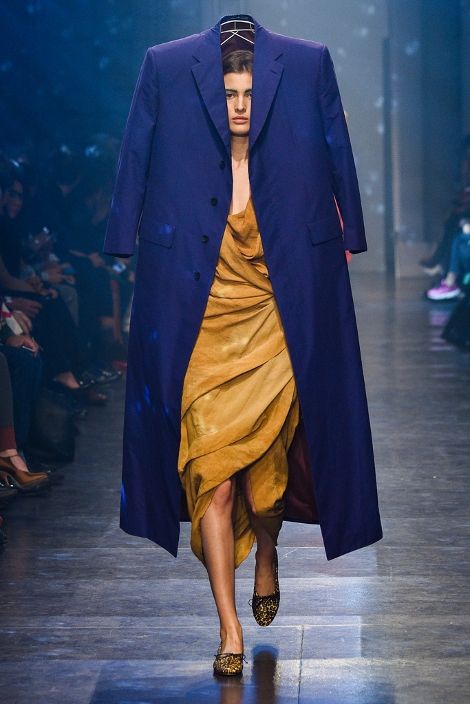 VIVIENNE_WESTWOOD_2016SS_Pret_a_Porter_Collection_runway_gallery-5