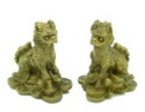 Mini Chi Lins on Gold Ingots and Coins (1 Pair)