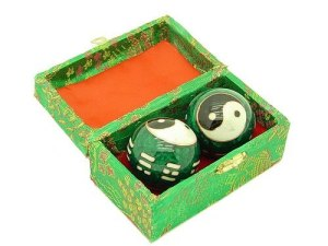 Green Yin Yang Chinese Health Balls With 8 Trigrams1
