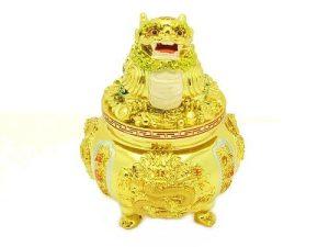 Pi Yao On A Wealth Pot1