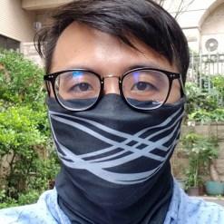 BRISE 空汙防護魔術頭巾,可過濾 99.9% PM 2.5 - brise 頭巾 黑 e1506497114203