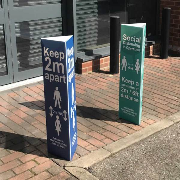 Social Distancing in Operation Post/Bollard Sleeve Sign 200mm Post