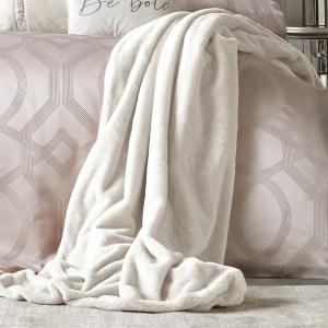 By Caprice Home - Ava - Faux Fur Bedspread - 150x220cm