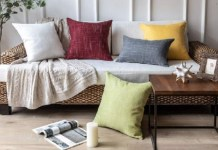 Pillows Oulet @ PillowsOutlet.com
