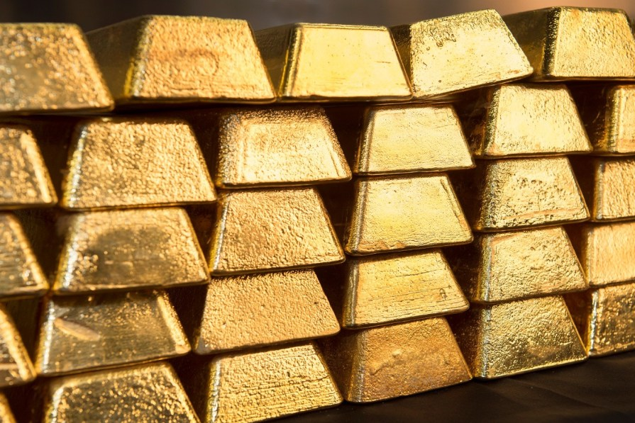 Buy gold with all certificates