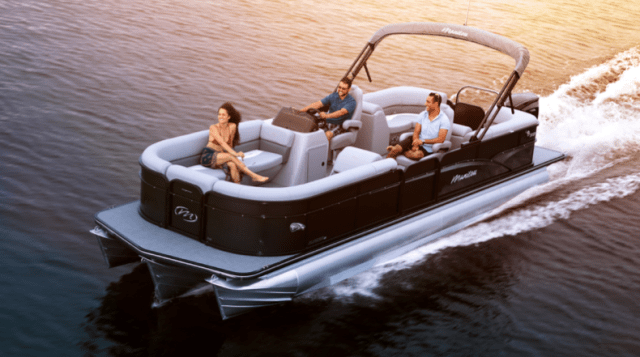 Pontoon boats for sale in Ontario, pontoon boats for sale in Muskoka, pontoon boats for sale at the Toronto international boat show