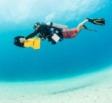 The best underwater scooter