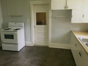 Darling 2 bedroom 1 bath Cottage house for rent in Palestine