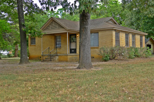 House For Rent 2 bedroom 1 bath Palestine, TX  75801
