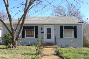 2 Bedroom 1 Bath House For Rent – 902 Micheaux, Palestine TX