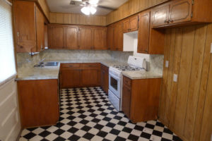 3 Bedroom 1.5 Bath House - For Rent - Palestine TX Real Estate