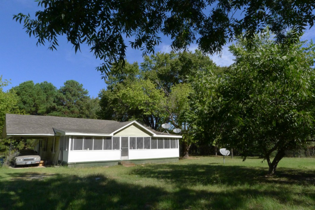 8500 FM 1990, Palestine, TX 75801-House for Sale