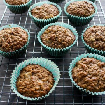 Fresh Apple Oatmeal Muffins