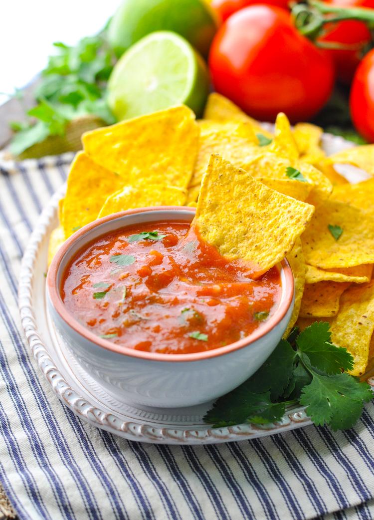 Fresh 5 Minute Salsa | 21 Best Salsa Recipes