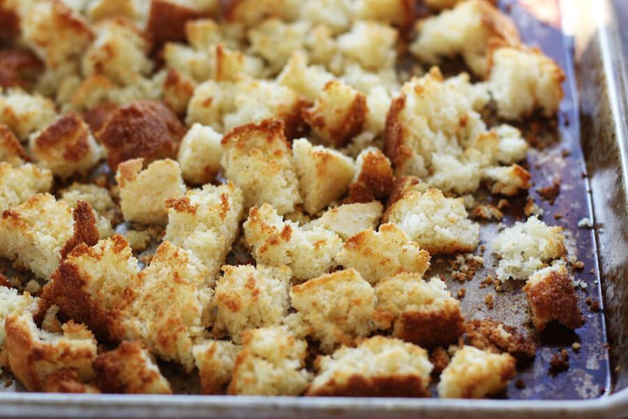 toasted cornbread cubes