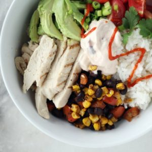 Love fuss free + nutritious meals? Me, too. Try these chicken avocado bowls.