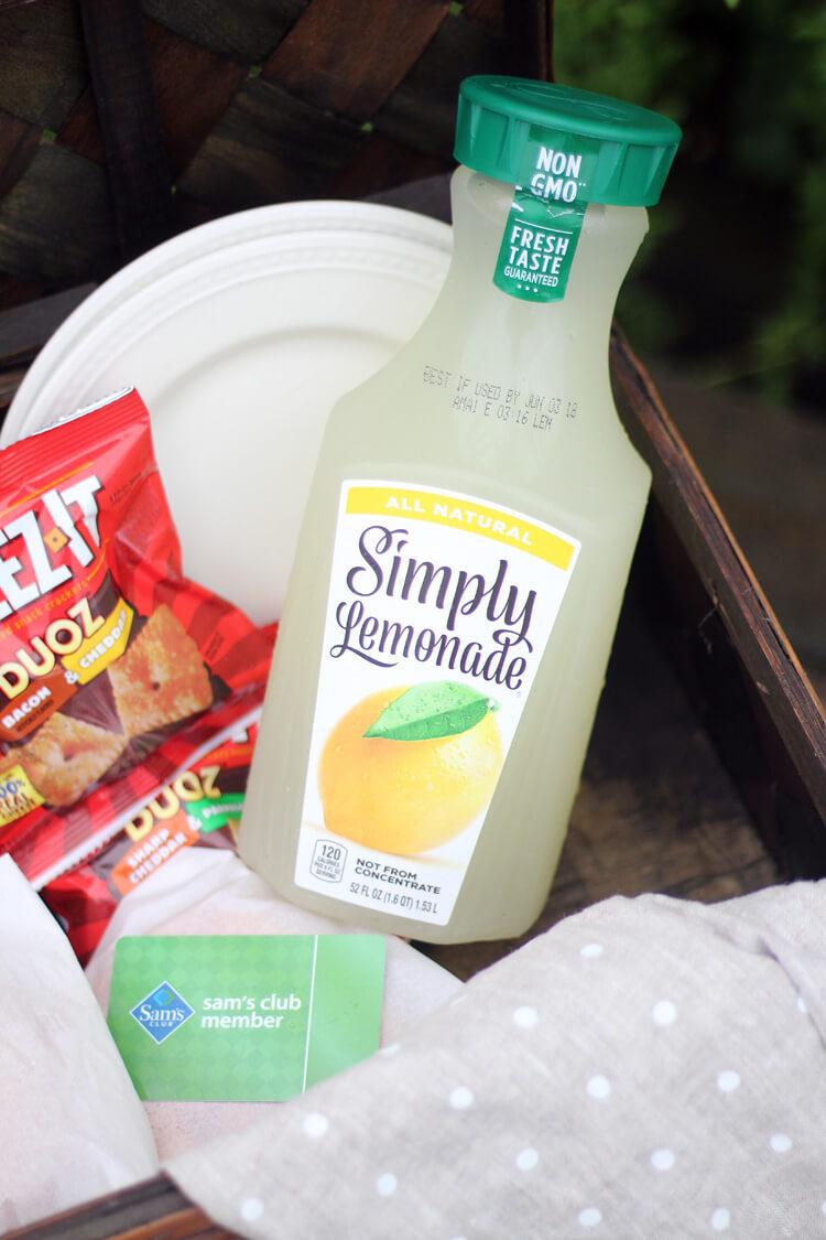 A picnic basket with Simply Lemonade