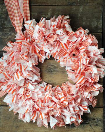 Cute + Easy Rag Wreath DIY