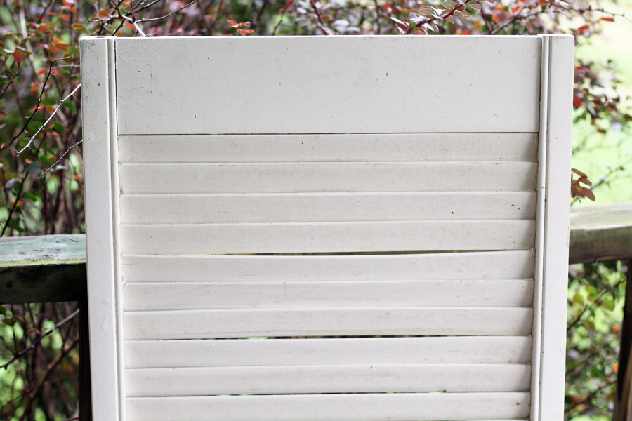 an old, dusty shutter