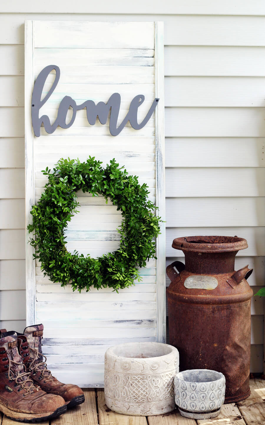 How to Make Rustic Wall Decor from a Shutter
