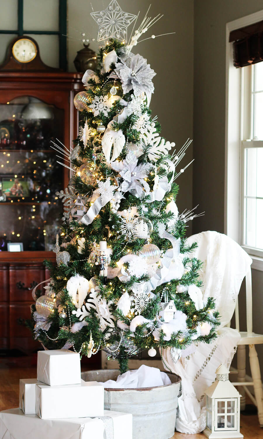 Winter White Christmas Tree Decorating | Buy This Cook That