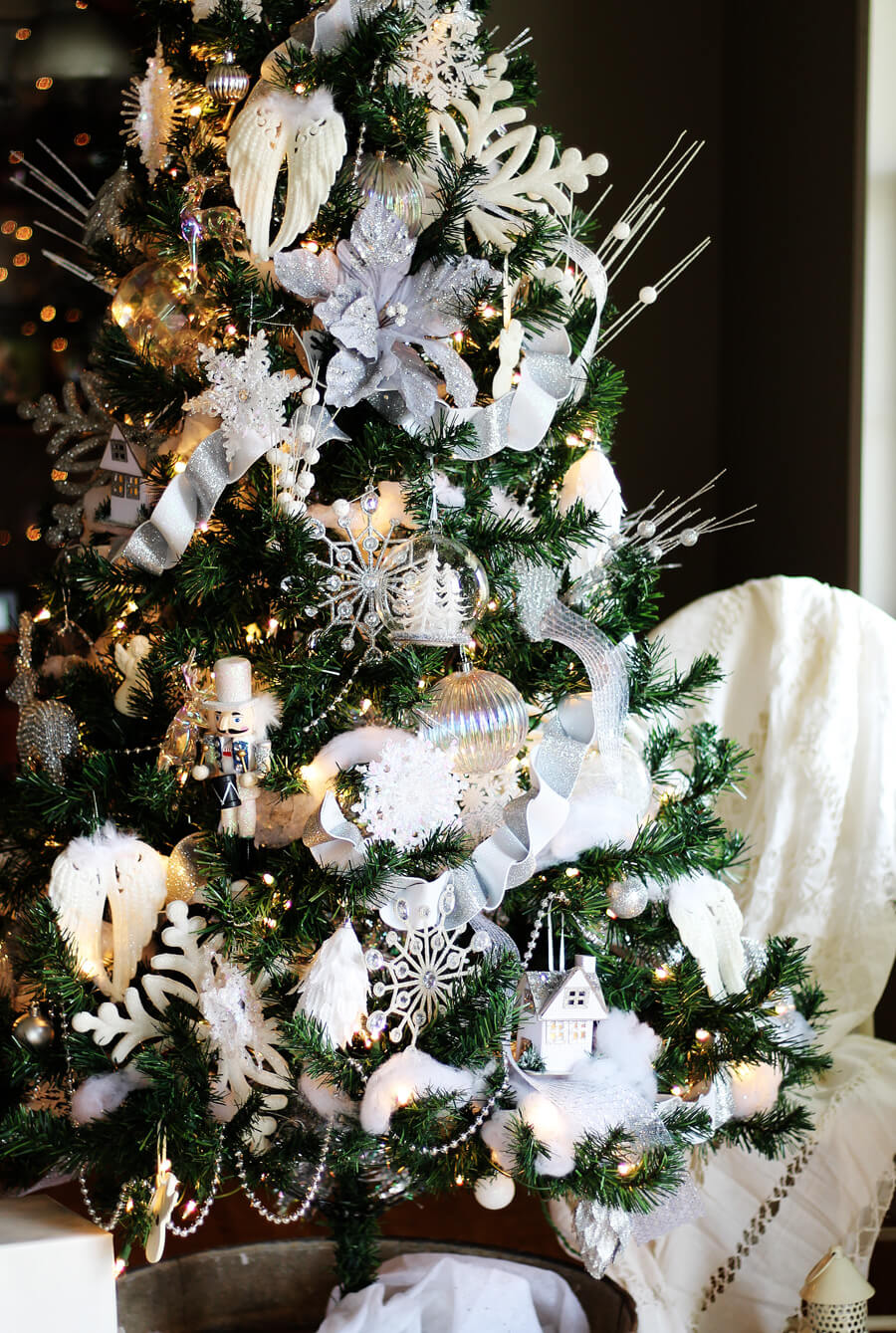 Winter White Christmas Tree Decorating Ideas Buy This Cook
