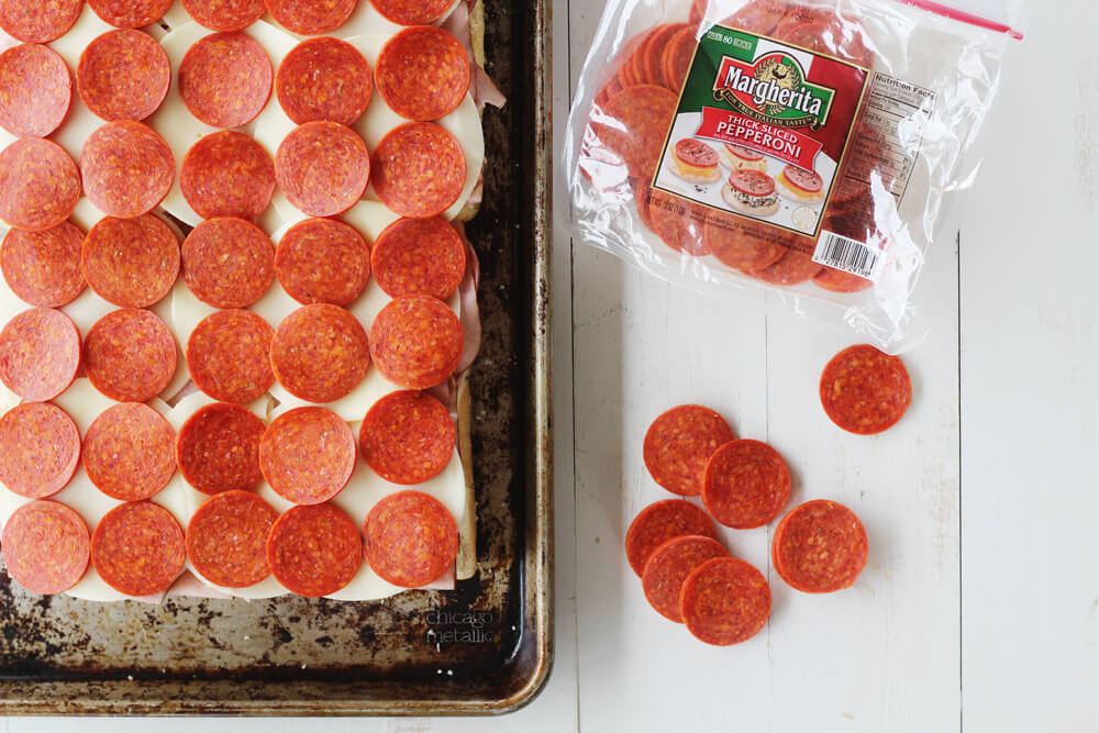 overhead picture of sliced pepperoni