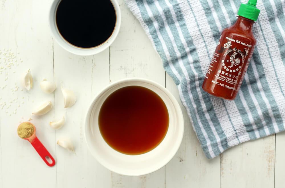 ingredients needed to make honey sriracha marinade for chicken