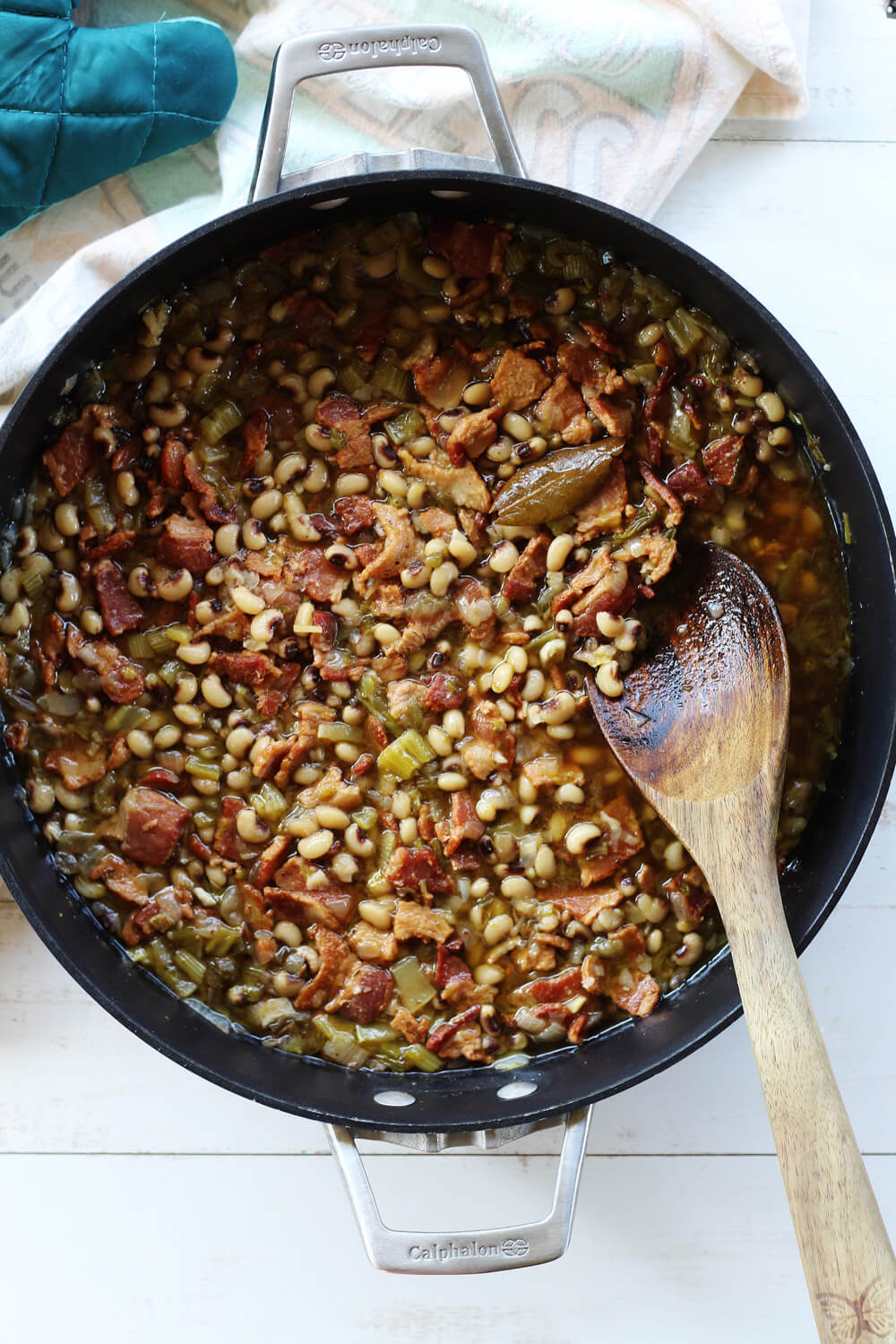 a pan of hoppin' john