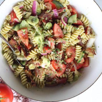 pasta salad with tomato and avocado