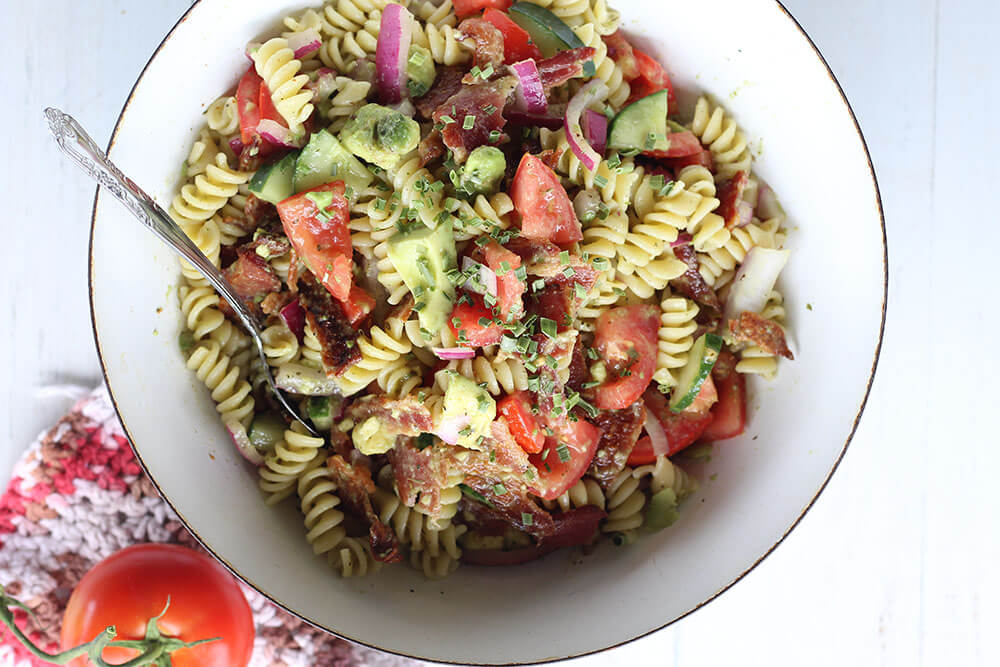 pasta salad with tomato and avocado