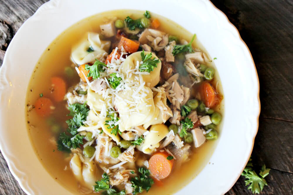 What is better than chicken noodle soup? Chicken & Cheese Tortellini Soup! Best tortellini soup recipe with vegetables.