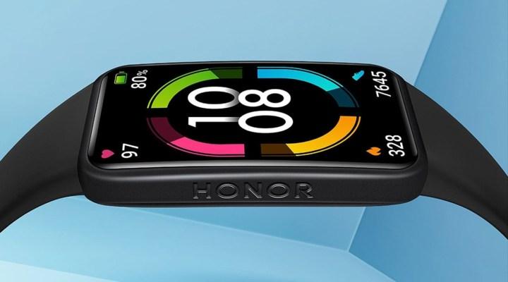 Honor'un yeni akıllı bilekliği Band 6 Türkiye'de satışa sunuldu