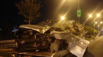 Kamyonete çarpan otomobil sürücüsü hayatını kaybetti