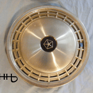 front view of hubcap # c13dodg1983_2