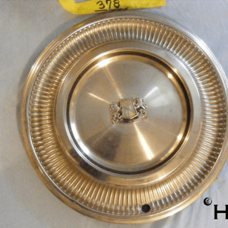 front view of hubcap # c15chry1972_3