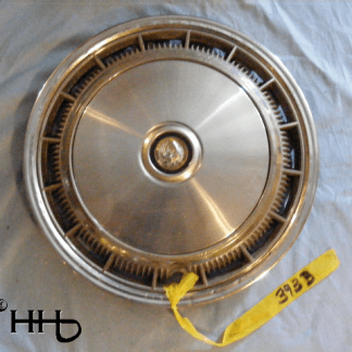front view of hubcap # c15chry1977_3