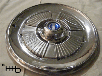 profile view of hubcap # c15ford1965_3