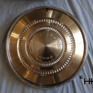 front view of hubcap # c15ford1973_1