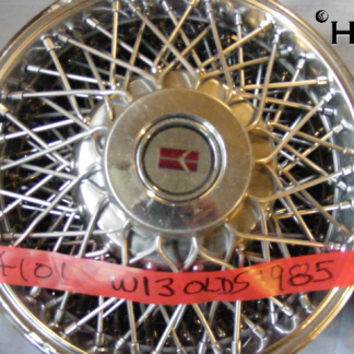 front view of hubcap # w13olds1985_1