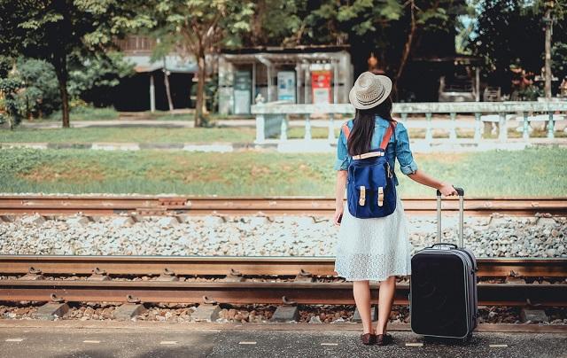 旅の達人からヒアリング!海・山・国内・海外に対応した夏にも冬にも強いチェックリスト。旅行に必須の持ち物と便利グッズのまとめ。