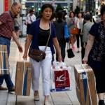 春節の注意喚起「10のマナー違反」が当たり前過ぎて衝撃的!4億人の民族大移動にあわせた教育で中国人の民度は上がるのかな?