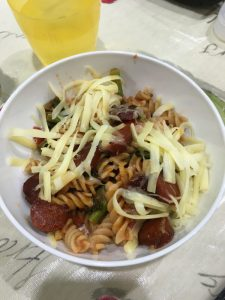 Buzymum - Chorizo and veg pasta