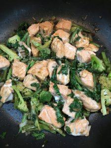 Buzymum - Cooked salmon stir-fry