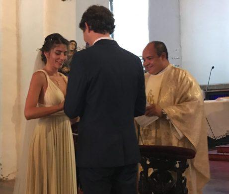Buymum - Saying their vows