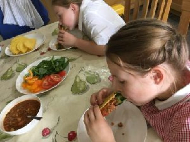 Buzymum - The kids enjoying getting messy with tacos!