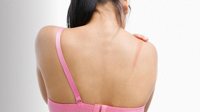women without bra